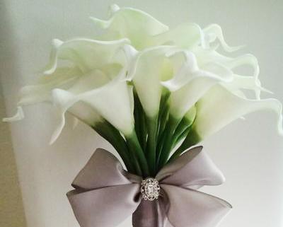 Siêu lòng trước các mẫu hoa cưới 2020