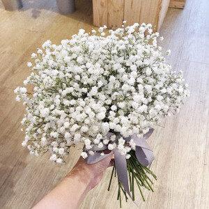 Hoa cưới baby trắng giản dị mà sang trọng